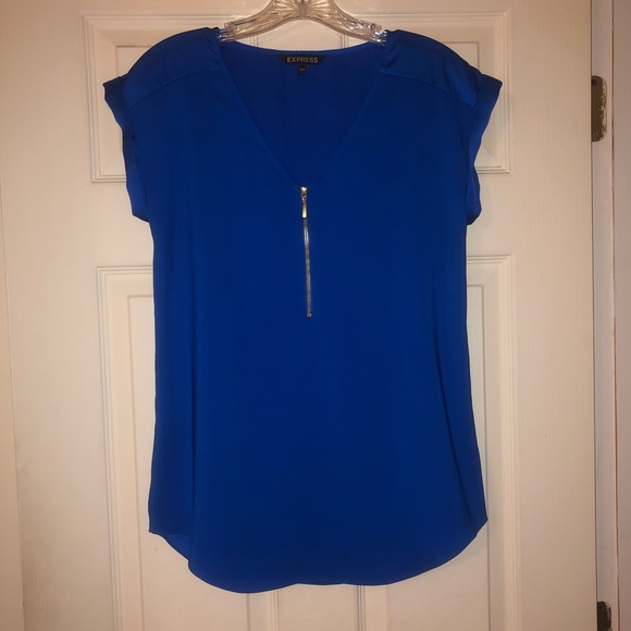 Express Tops - Blue Express top size small